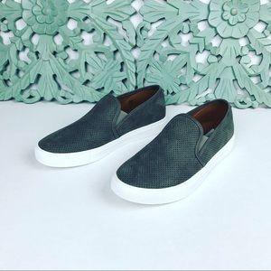 NWOB Steve Madden Zarray Slip On Shoes Sz 9.5 Gray